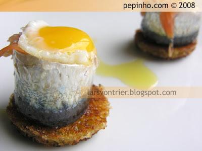 Sardinas marinadas con salmón y huevos de codorniz