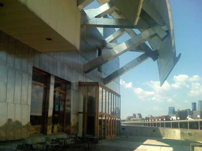 Exterior of Weisman Museum, all stainless steel and shiny
