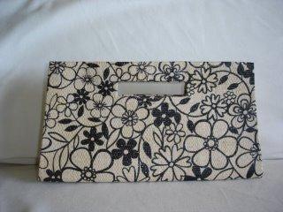Bolsa de Mão Flores Pretas