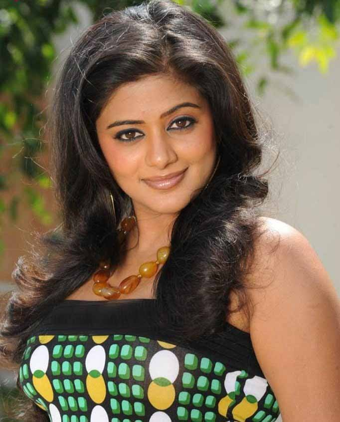 South Indian Actress Priyamani Latest Pics