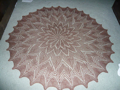Knitting Patterns For Circular Shawls : Knitpoint: Circular shawl from knit doily