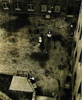 Umbo - Playground, 1928
