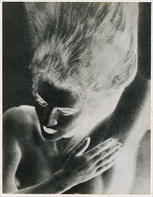 Updates, Live: Man Ray - Jacque...