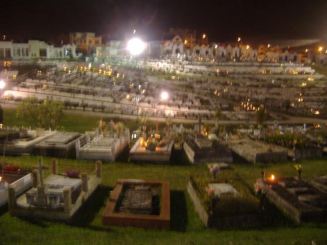 cemetery on dia de los muertos