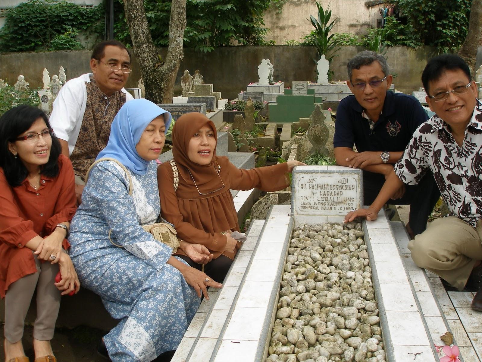 Indah Meitasari From Medan With Love