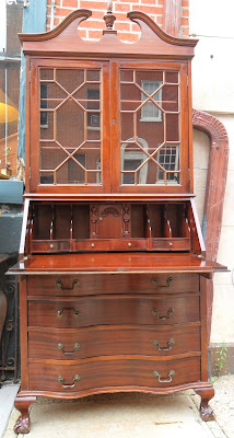 Uhuru Furniture Amp Collectibles May 2010