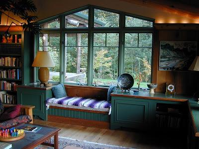 Hardwood Design Library Window Seat