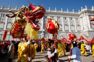 """Año Nuevo chino: """"Fascinados por Oriente"""". Video de la exposición."""