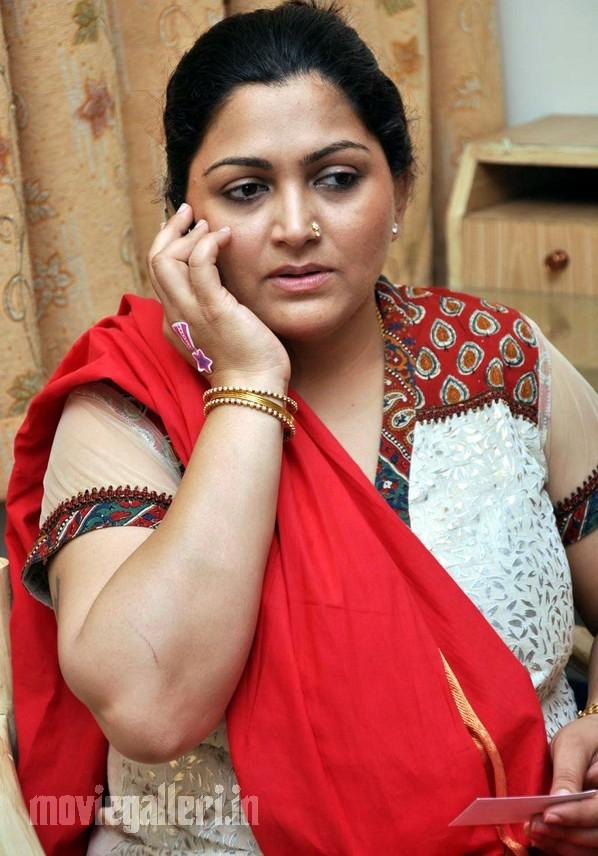 tamil actor kushboo hot