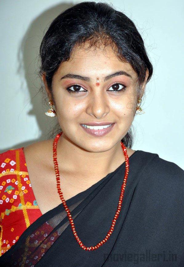 Tamil Actress Arundhati Stills Arundhati Photo Gallery
