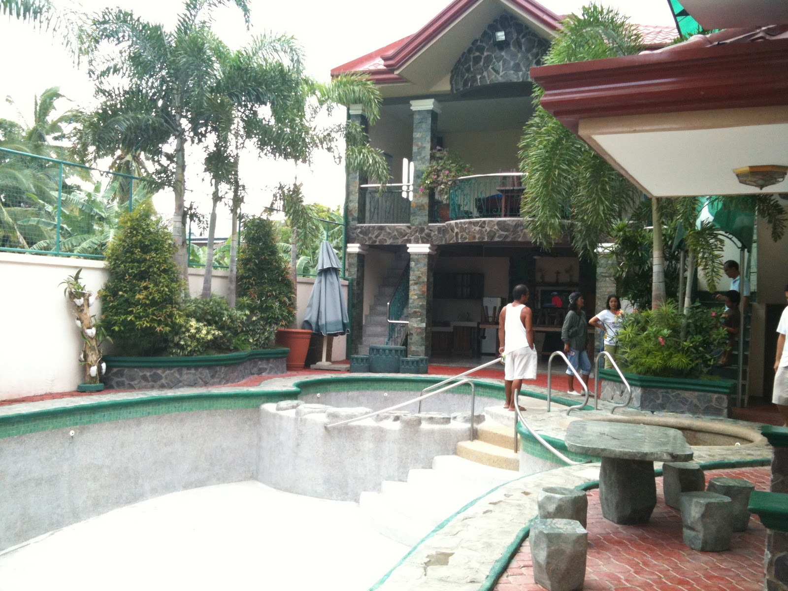 Resorts Emerald Villa Pansol