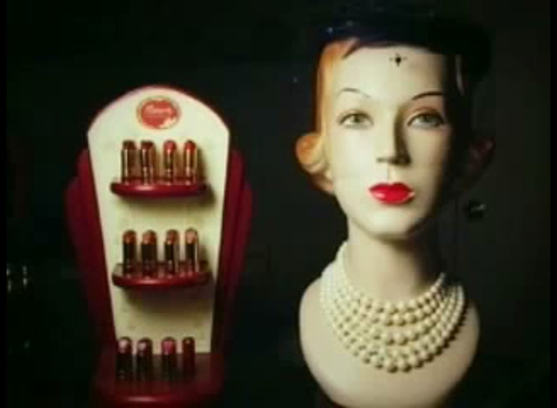 What Makeup did women really wear in the 1940's