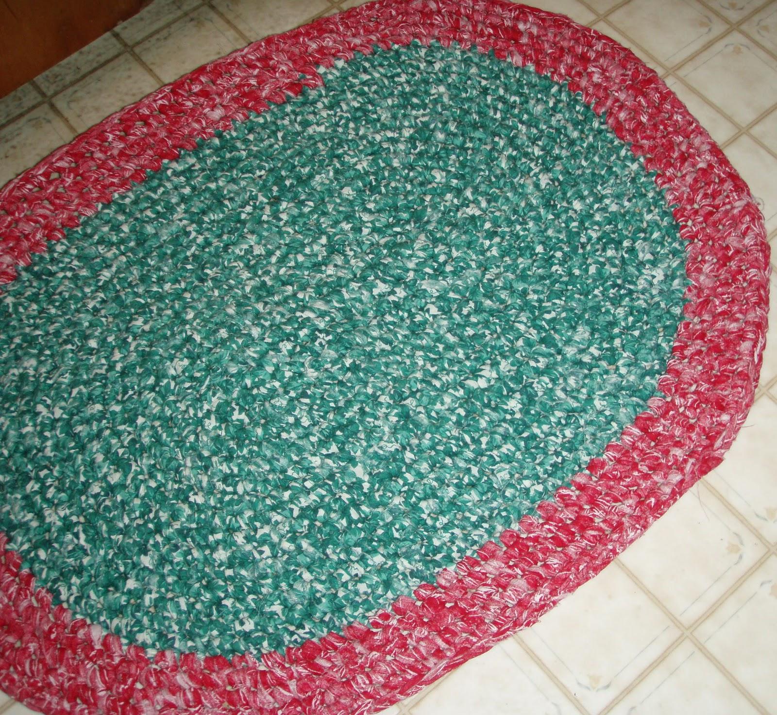 Crochet A Rag Rug Instructions: Heather's Green Home Goods: Crocheted Rag Rug Tutorial