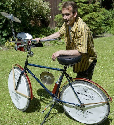 Søren Juel from Drumstick.dk with his Drum Bike - Photo loaned from the shop's website drumstick.dk