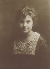 Young Ellen Magdalena Dredge