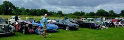 The line up at the picnic