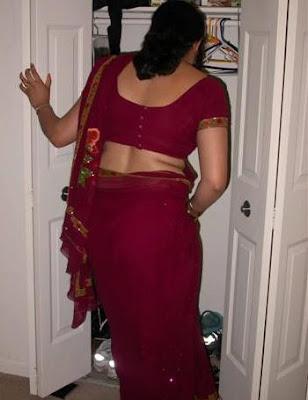 Desi Aunty In Dressing Room