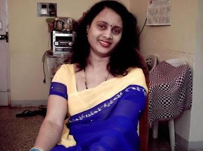Telugu Aunty Hot Photos: Telugu Aunty