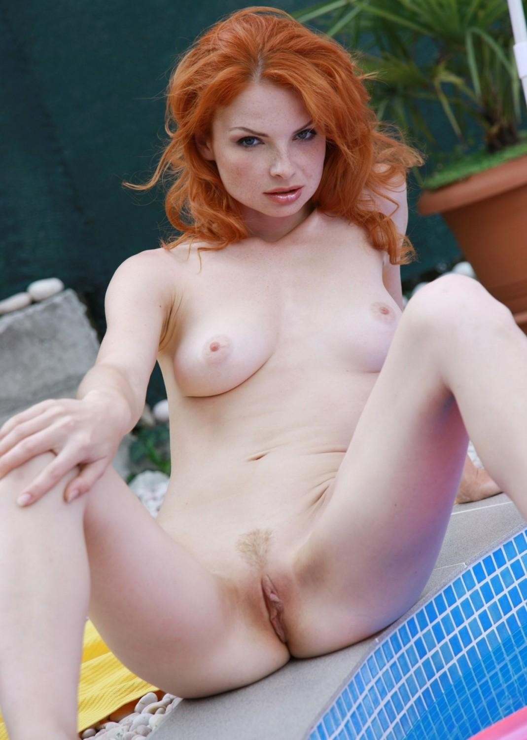 Red Headed Nude Girls