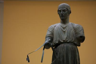 Charioteer at Delphi Museum.