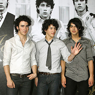 Jonas Brothers Pushing Me Away Free MP3 Download Lyric Youtube Video Song Music Ringtone English New Top Chart Artist tab Audio Hits codes zing, Jonas Brothers, Pushing Me Away MP3