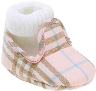 aee0f92a12768 Agarra con fuerza tu billetera porque vas a fundirte lo que tengas en  cuanto veas la cantidad de ropa maravillosa para bebés de invierno que hay  en Internet ...