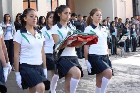 Renata de puerto vallarta mexico la interrumpe su madre - 2 part 1