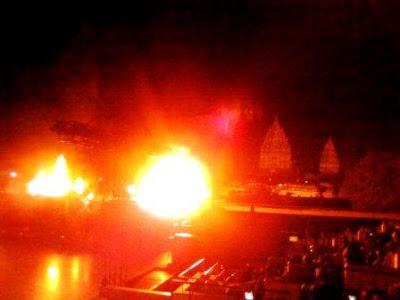 anoman obong sendratari balet ramayana di Candi Prambanan