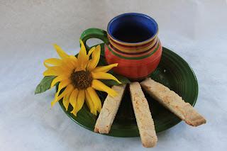 Grandma Rie's bodacious biscotti