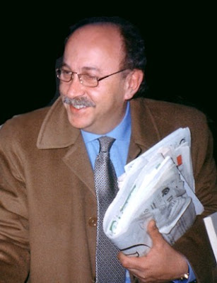 Notizie in rete intervista allo scrittore felice demartino for De martino arredamenti scafati