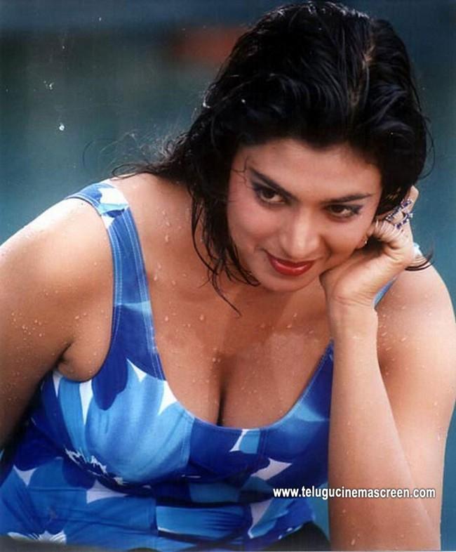 Tollywood Aunties And Actresses: Kasturi Aunty Hot Stills