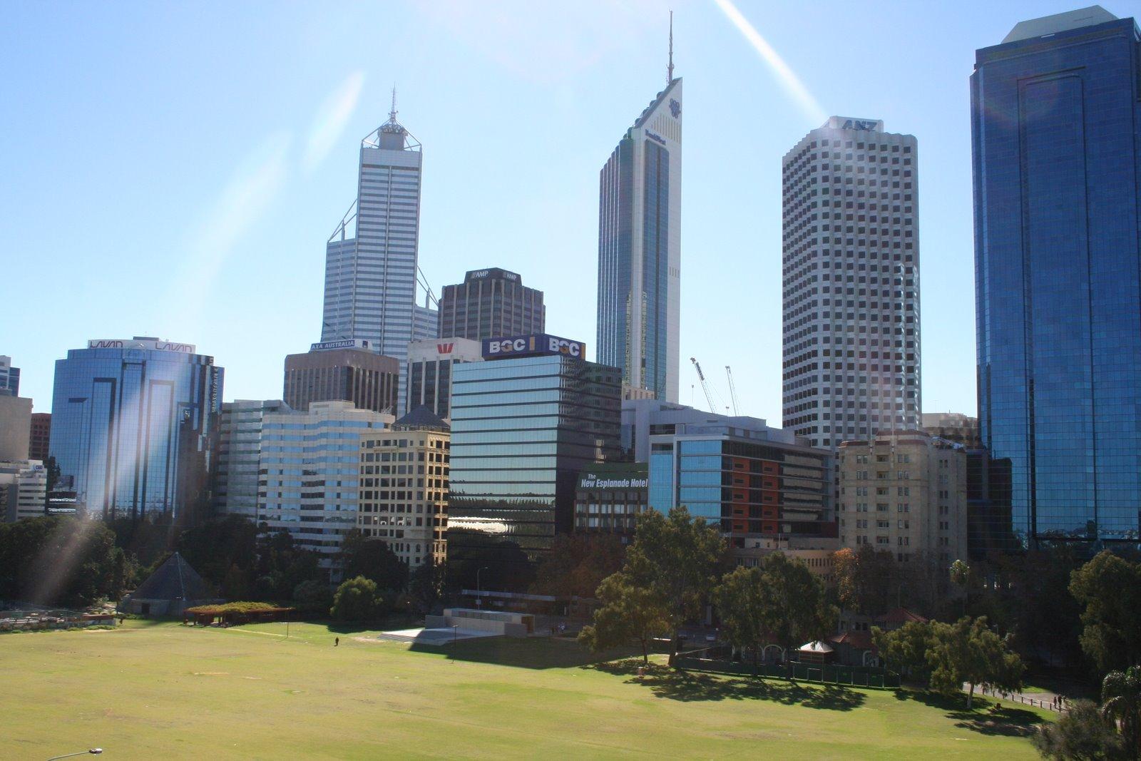 [Skyline+-+Perth.jpg]