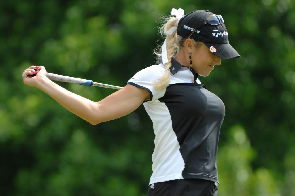 Hot Women Natalie Gulbis Golf
