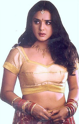 Preity Zinta Actress showing her assests
