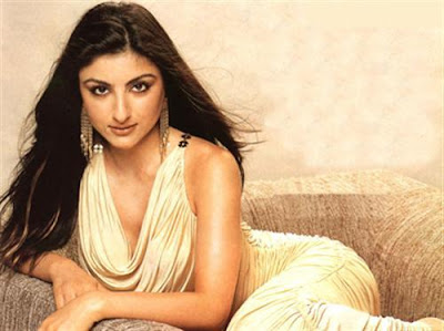 Gorgeous Soha Ali Khan without bra