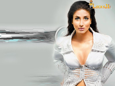 Kareena Kapoor breast nipple visible