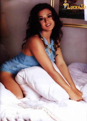 Sexy Preity Zinta in doggie style