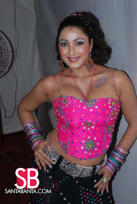 Bhojpuri Film Awards, boobies