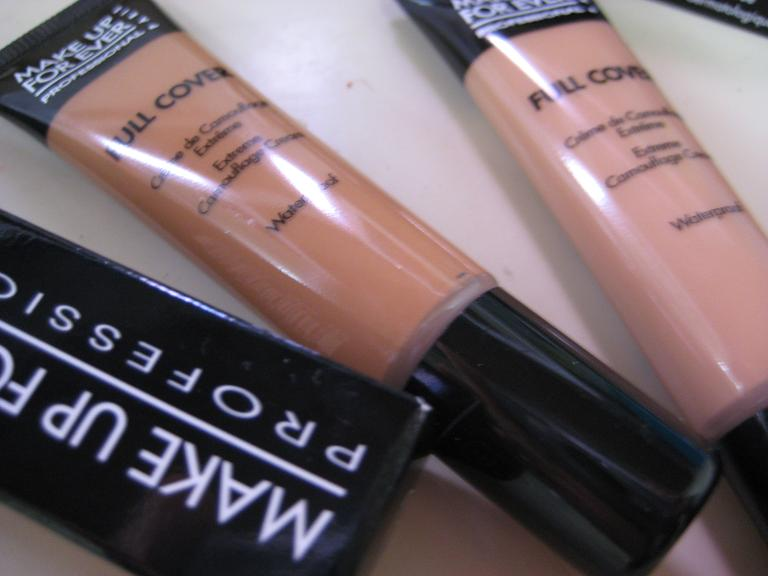 Best waterproof foundation makeup for swimming