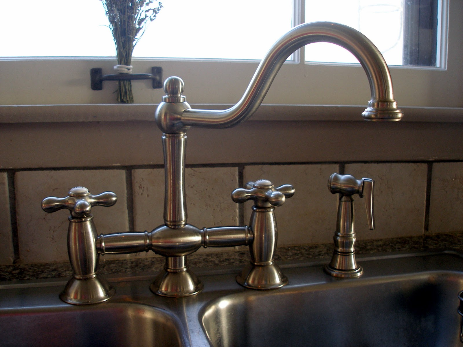 Bridge Faucets for Vintage Bathroom Sinks