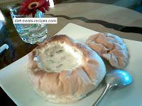 bread bowl mushroom soup