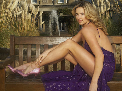 Baby Girl Bunny Wallpaper Penny Lancaster Wallpaper