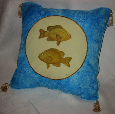 [pillow+fishes]