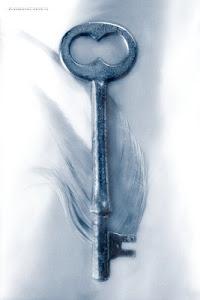 """""""Il n'y a rien de plus beau qu'une clef, tant qu'on ne sait pas ce qu'elle ouvre.""""( M.Maeterlinck)"""