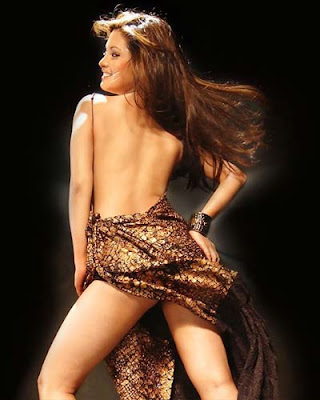 bollywood-stars-hot-sexy-backless