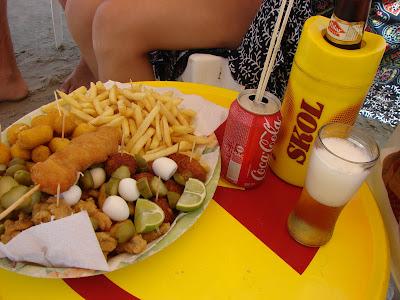 Resultado de imagem para bebidas, comidas à beira-mar