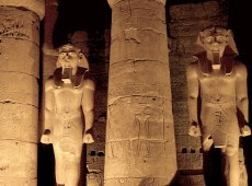 Luxor Temple : the heart of the ancient city of Thebes