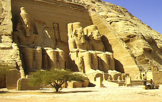 History of Pharaonic Egypt: Temples of Abu Simbel