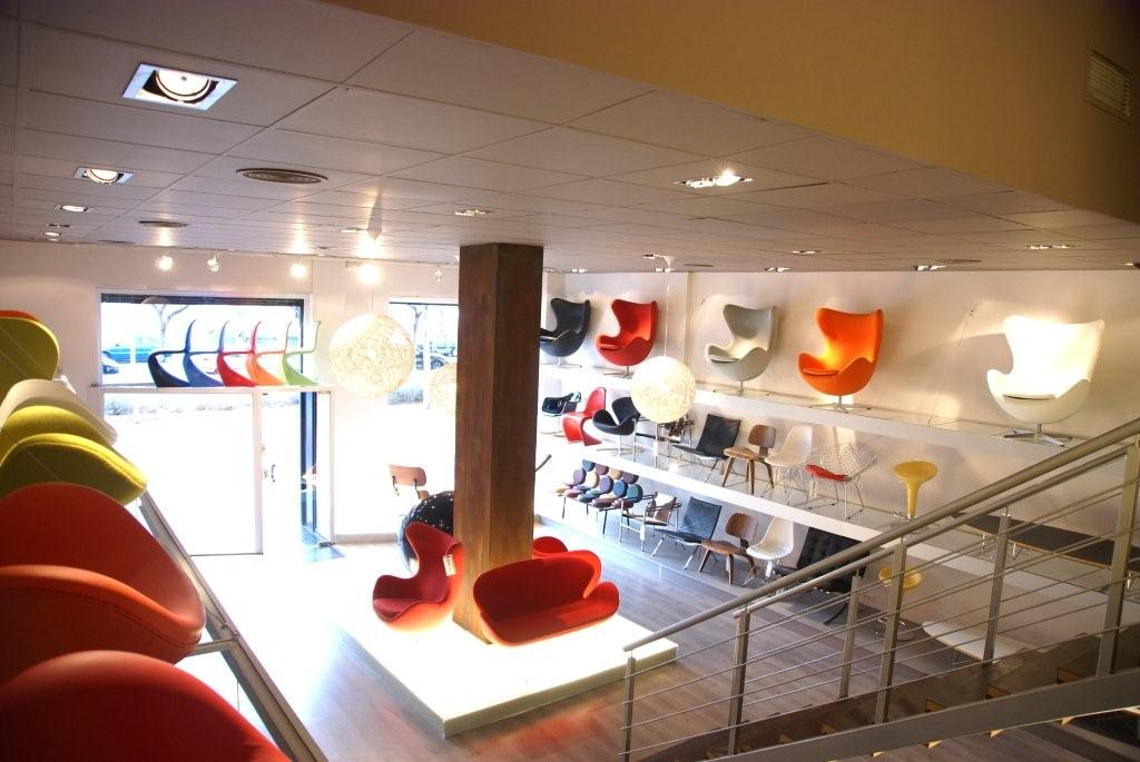 Tienda de muebles de diseo estilo de la Bauhaus en Castelldefels  barcelona