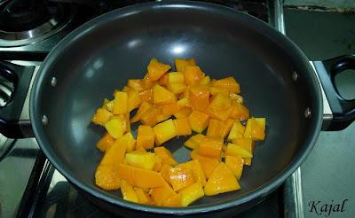 http://bp0.blogger.com/_lMUBlSmdphw/Rpc6SXGCfsI/AAAAAAAABds/HgagNiR7gt8/s400/mango+jam-2.JPG